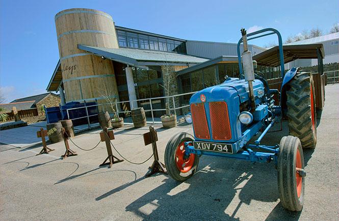 Healeys Tractor