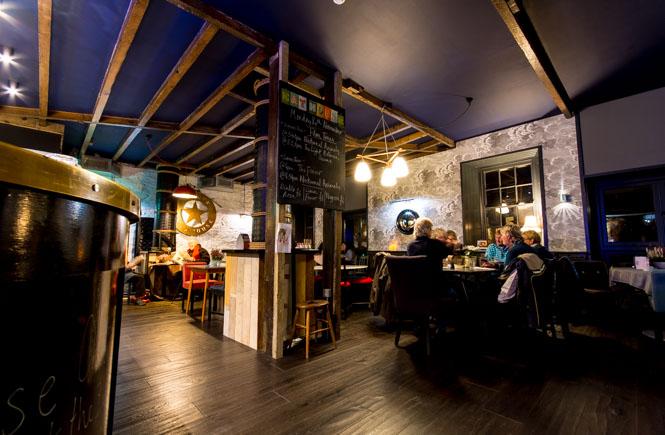 The cafe/bar