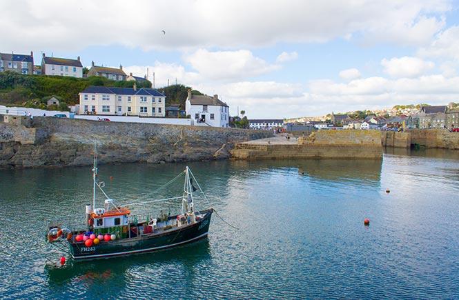 Porthleven Ship Inn