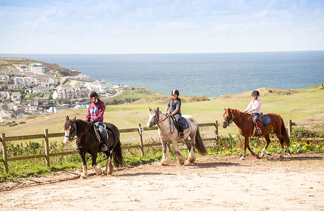 horse-riding-in-cornwall