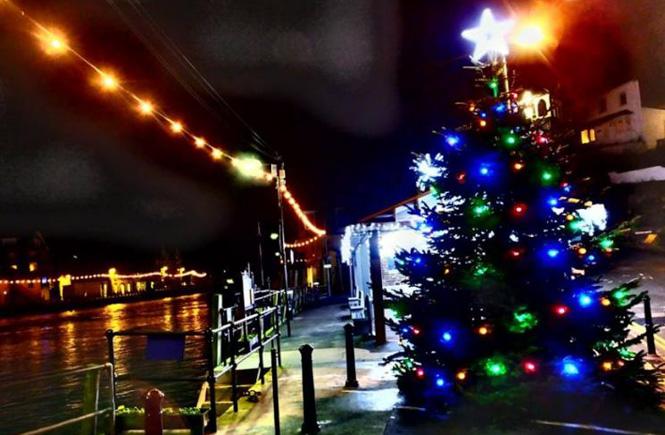 Looe Christmas Lights